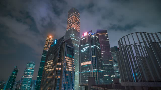 广州_珠江新城建筑群夜景延时仰拍天空