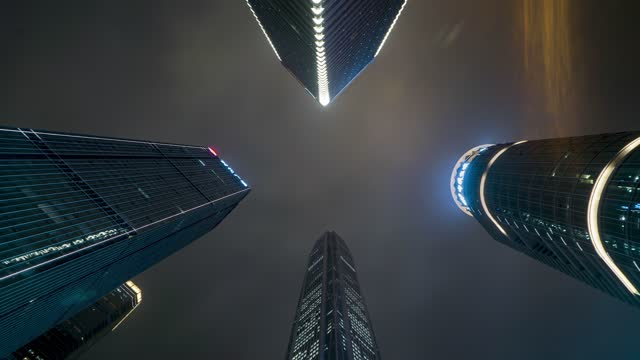深圳_深圳CBD_高楼大厦仰拍天空夜景延时