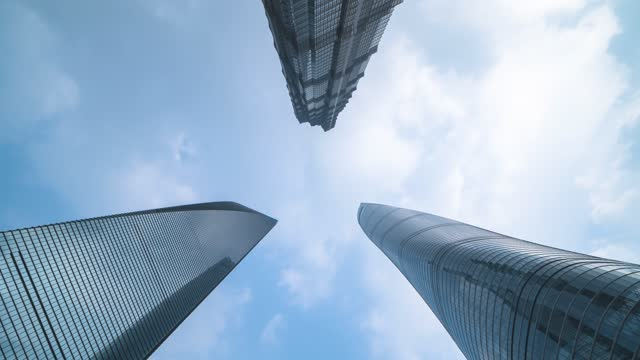 上海_金茂大厦_东方明珠塔_上海中心大厦_仰拍