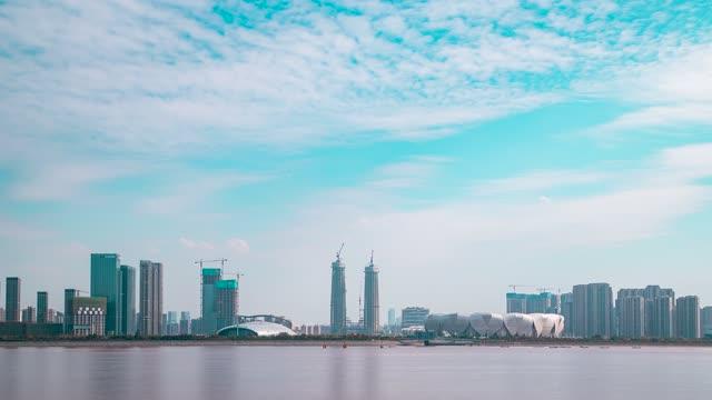 杭州_滨江区_奥体博览会中心主体育场_江边全景